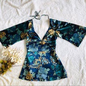GUESS | Stunning stretch silk top